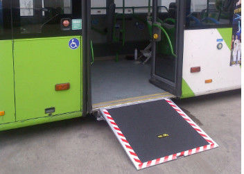 China Electric Steel Disabled Wheelchair Ramp Extant Steadily For City Pubilic Bus supplier