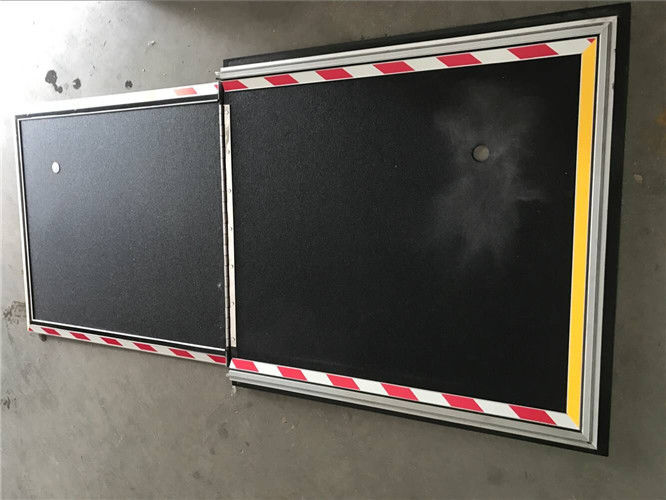 Space Saving Bus Disabled Wheelchair Ramp With 350kg Loading Capacity